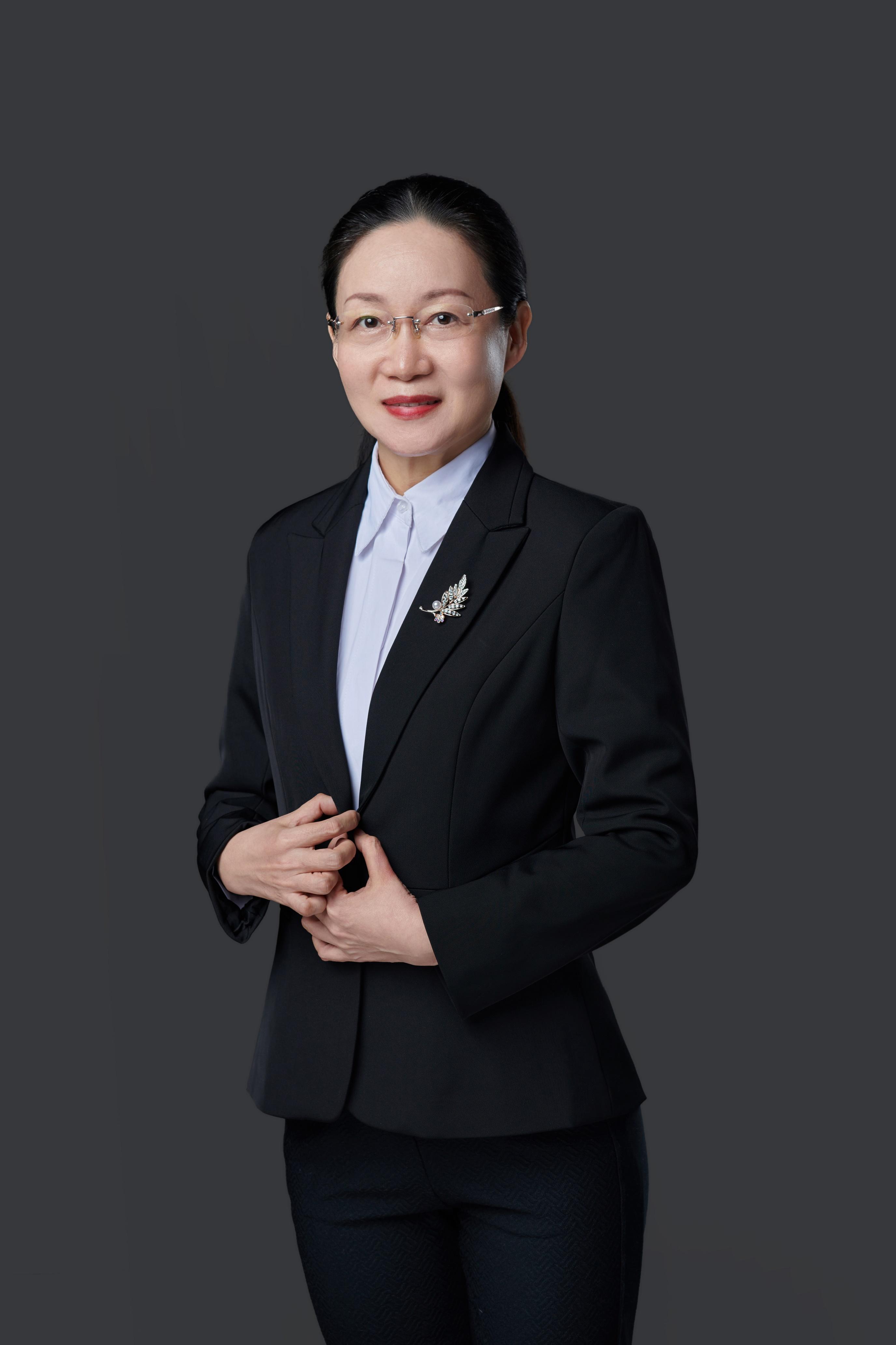 title='龙晓燕'