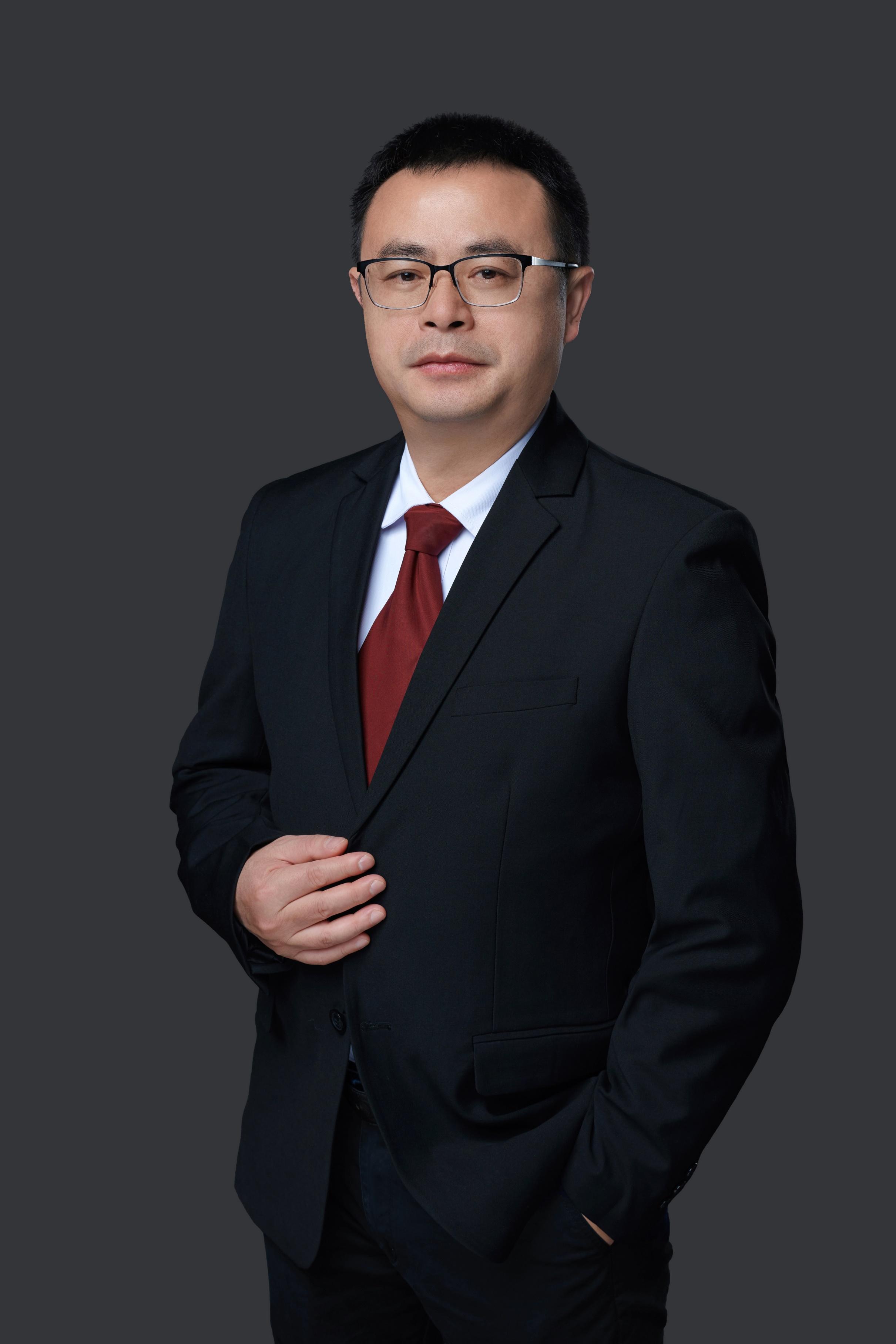 title='闭雄杰'